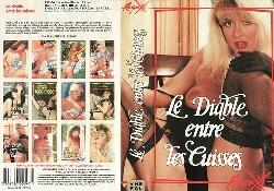 173Le_diable_entre_les_cu.jpg